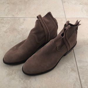 cute wedged ankle boots